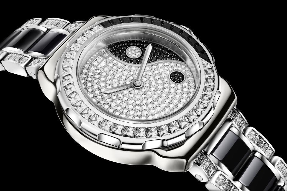 TAG_Heuer_F1_Yin_Yang_Flagship_watch_of_the_women_serie