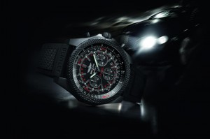 Breitling_BENTLEY_LIGHT_BODY_MIDNIGHT_CARBON