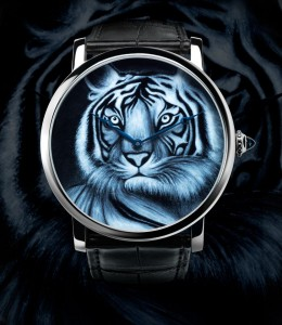 Cartier_Rotonde_42mm_tiger_motif