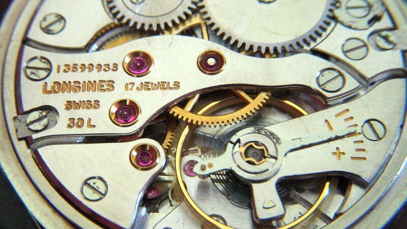 La nouvelle montre de luxe en titane « Avigation BigEye » de Longines